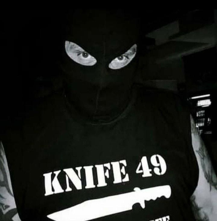 knife 49